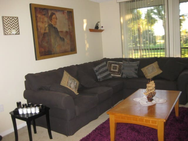 Cozy Master Room in the Golf Court - Lauderhill - Appartement