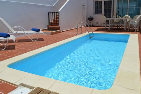 Family Villa-Private Heated Pool - Castillo Caleta de Fuste
