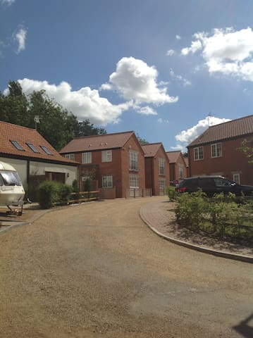 Modern & Luxurious home,  Norfolk Broads & Coast - Stalham - Dom