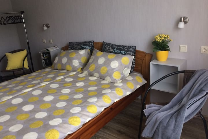 Two rooms for a family 500m from the beach