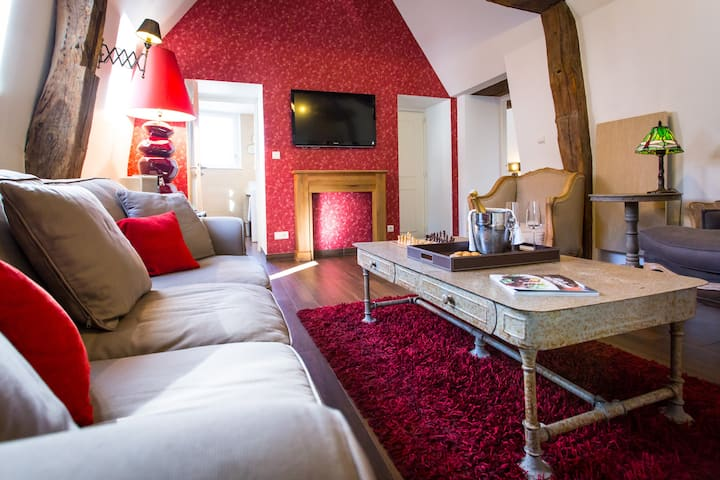 THE SUITE - 49m2 - HEART OF DIJON