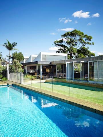 Luxury Family Retreat in Sydney's Inner City Hub - Rosebery - Ev
