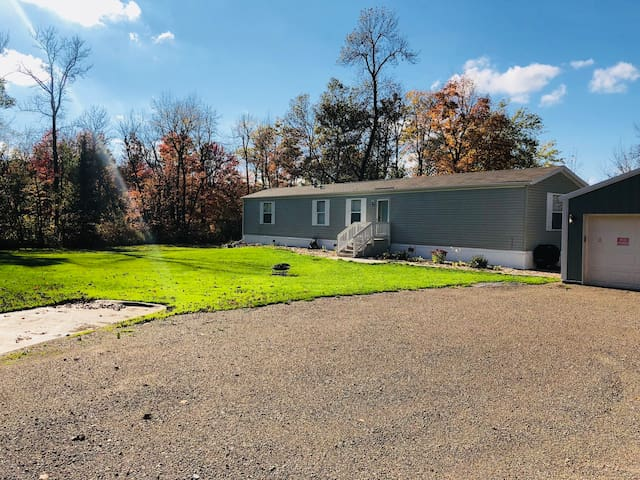 Lake View Home on 2.5 Acres, Close to Mille Lacs