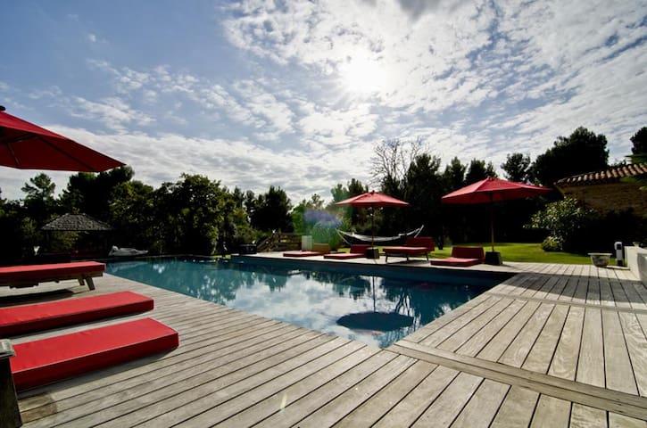 Luxury House - inside pool - St Victoire view - Saint-Marc-Jaumegarde - Villa