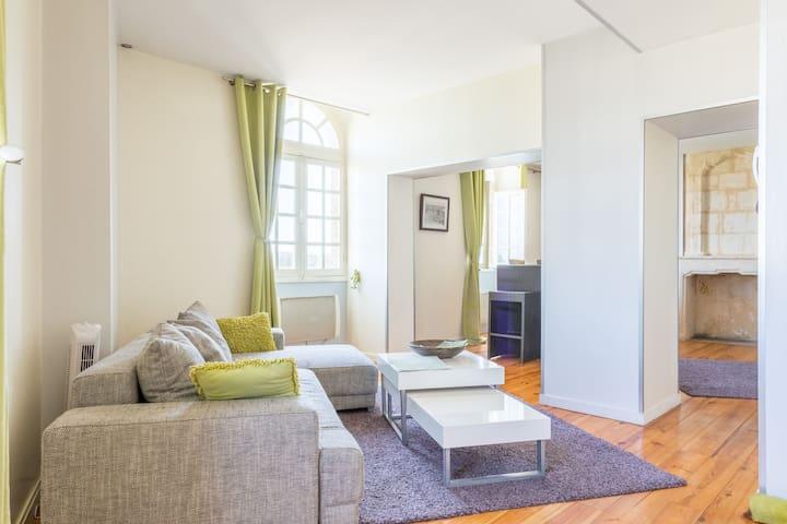 Type loft 70m² avec vue sur la Garonne