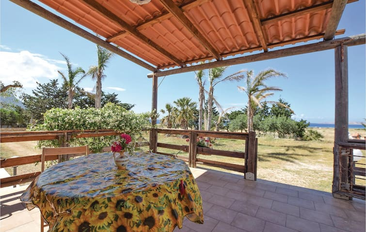 Holiday apartment with 1 bedroom on 40m² in Custonaci