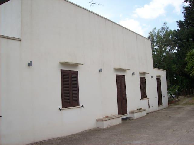 IL CASALE DELLO ZIO EMILIO - Matino - House
