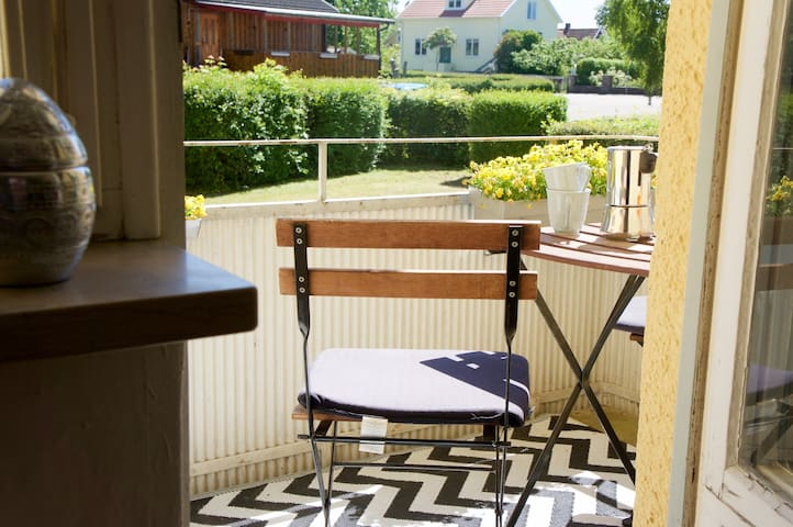 Stylish retro apartment in quiet area - Borgholm - Pis