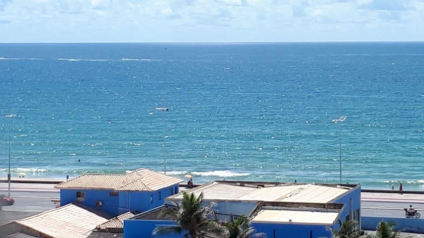 Apartamento vista praia de Armação e C. Convenções