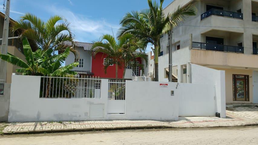 Sobrado das palmeiras/ duas casas