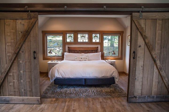 East Wing Guest House - Leavenworth, WA