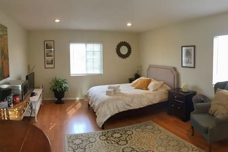 Beautiful Master Studio Suite! - Port Hueneme - บ้าน