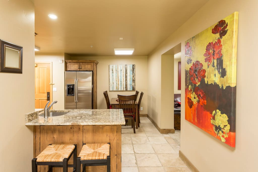 Shared usage-Kitchen and dining area
