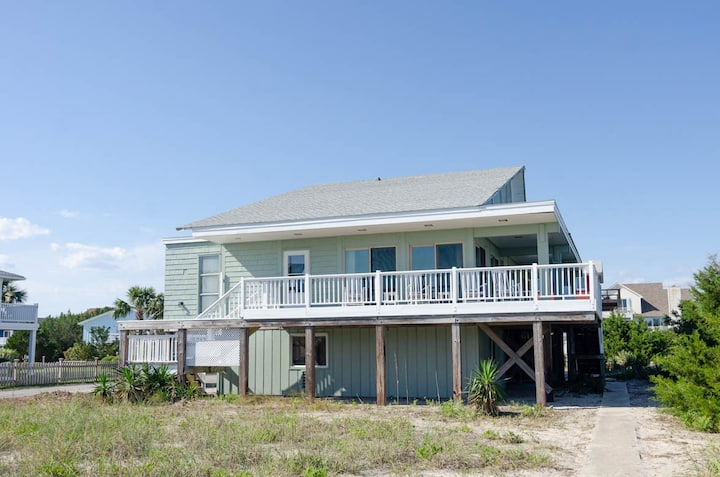 Cardwell-Nearly oceanfront single family home with amazing views