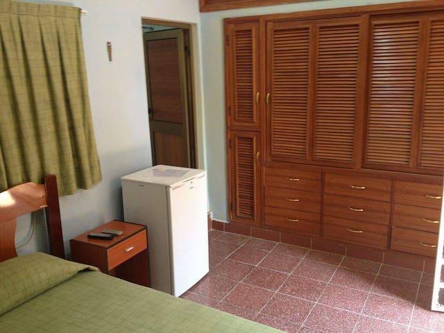 Hostal la mariposa . Cojimar Cuba - Cuba - Huis
