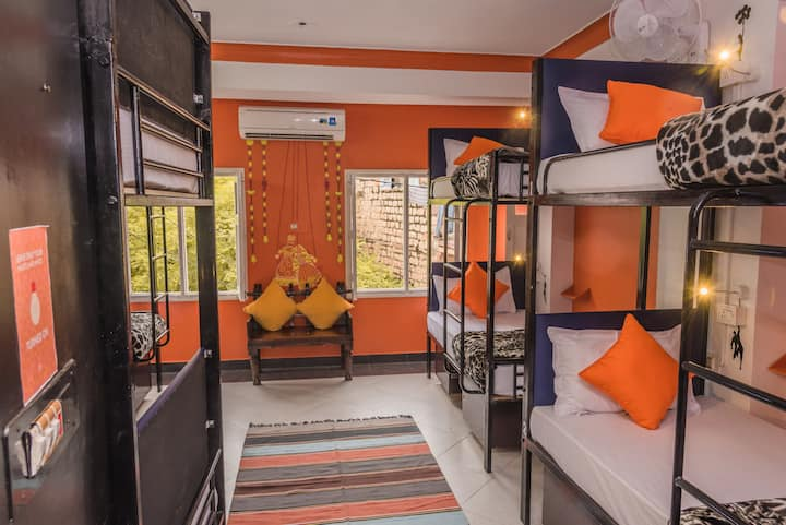 A Bed in 8 Bed Mixed Dorm in Jodhpur
