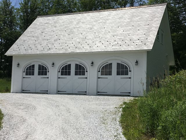 Cornwall Carriage House