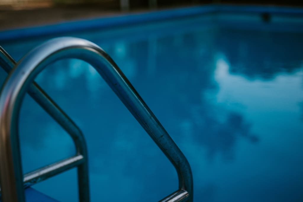 Our pool is free for any guest who books any of our hotel rooms!