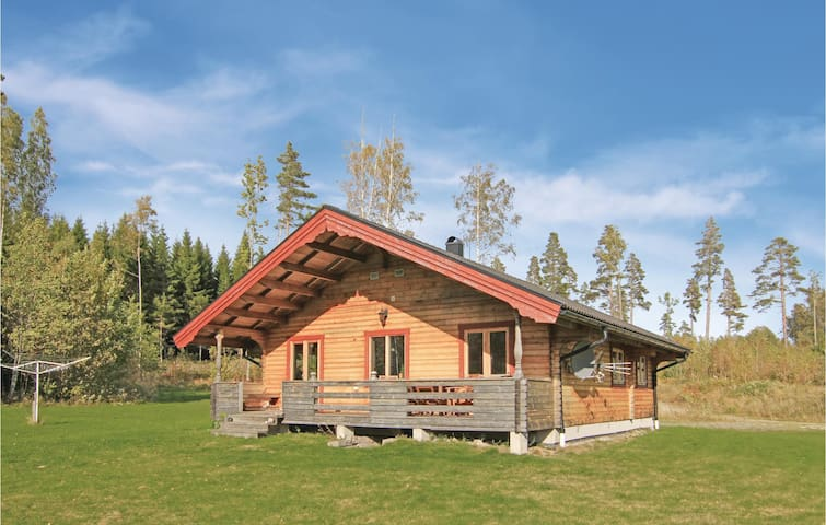 Holiday cottage with 3 bedrooms on 74m² in Åsensbruk