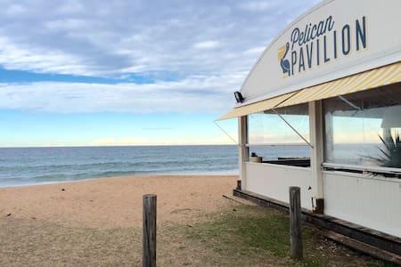 A stones throw from Colloroy Beach! - Collaroy