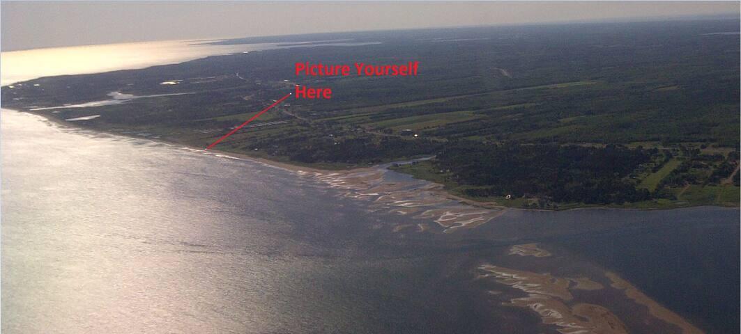 Nicholas  Beach Ocean Front Chalet - Beaubassin-est