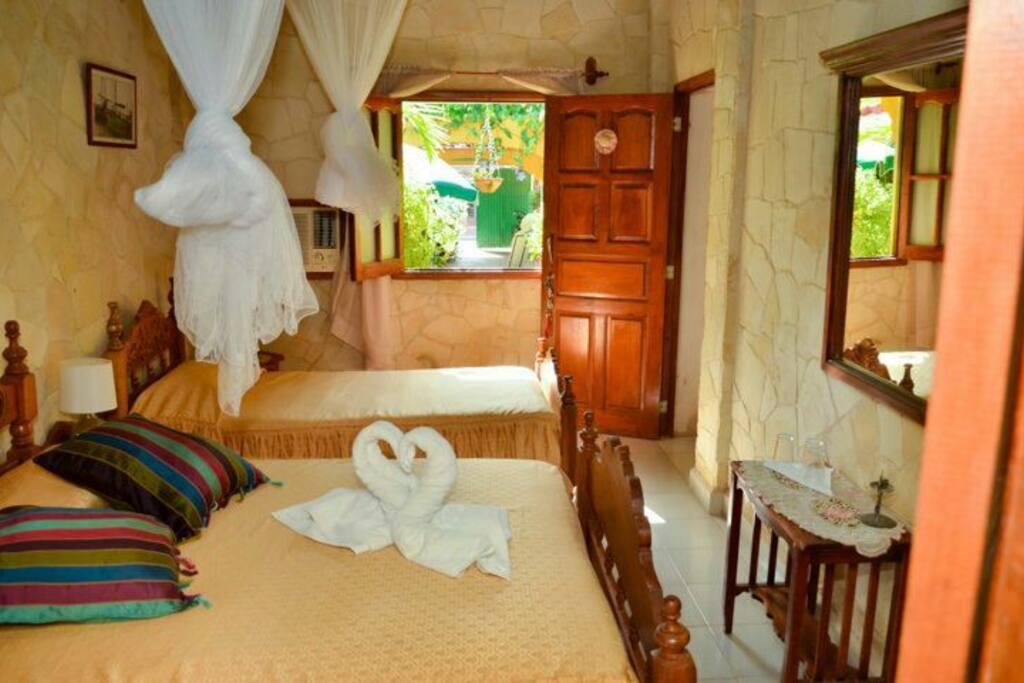 Die Zimmer mit Ausblick zum Innenhof