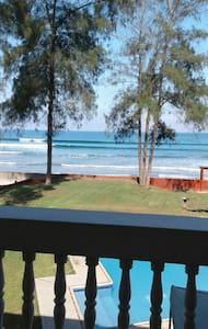 hermoso departamento al pie del mar - Olon