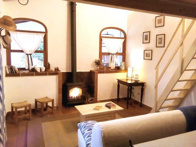 Un agradable fuego...  A nice fire ...