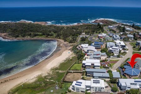 Boat Harbour Beach House with private beach access