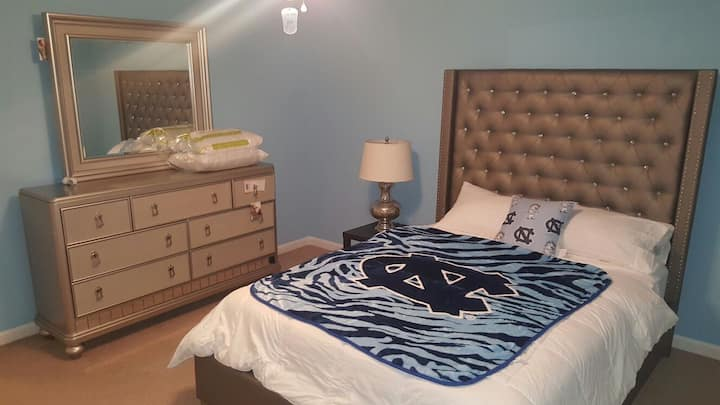 Lovely one Bedroom Apt-Fully Furnished! Near UNC!