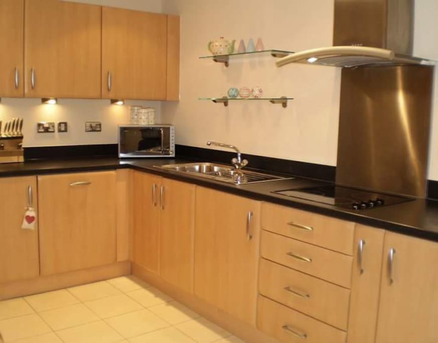 Large, well equipt kitchen