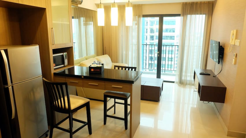 CRAZY DEAL - 2BR Luxury Hampton's Park by Travelio - Cilandak - Apartment