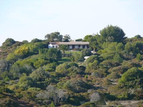 Haus mit Meerblick, Garten und (fast) Privatstrand
