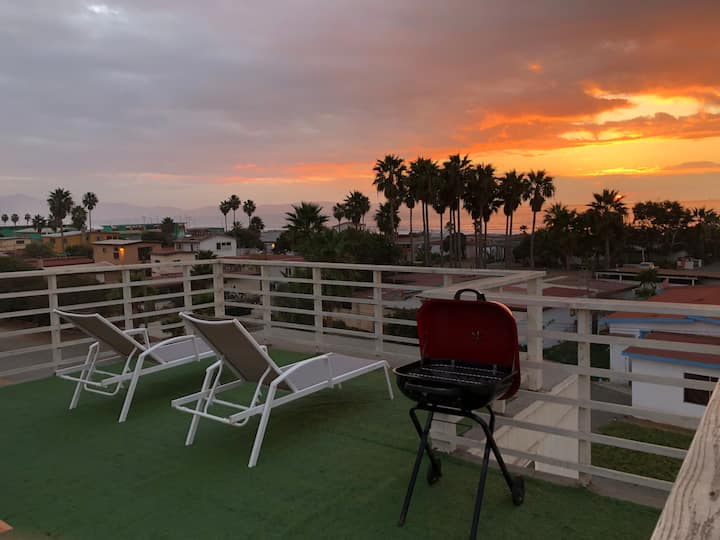 3 br 3 bth Large Ocean View home 1 Block to BEACH