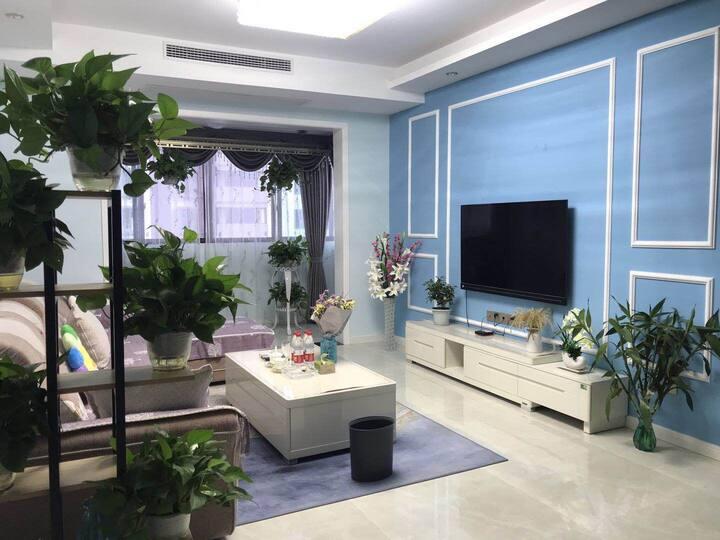 东坡岛地中海风格湖景两居室公寓