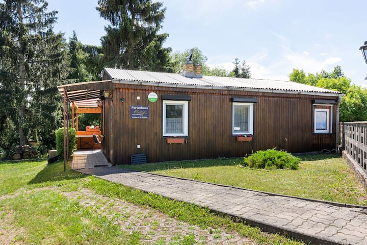Cosy Holiday Home in Breitenstein with Garden