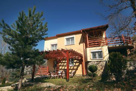 Villa KIRJANA 2 Serenity of the Mountain and Lake - Pretor - 别墅
