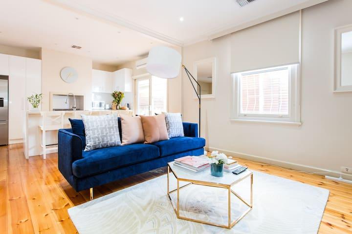 THE CORNER HOUSE - heritage luxury