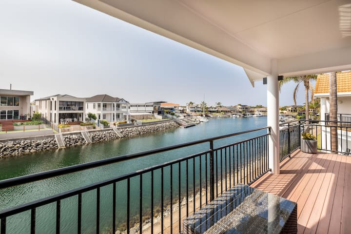 Luxury Port Lincoln Marina Stay