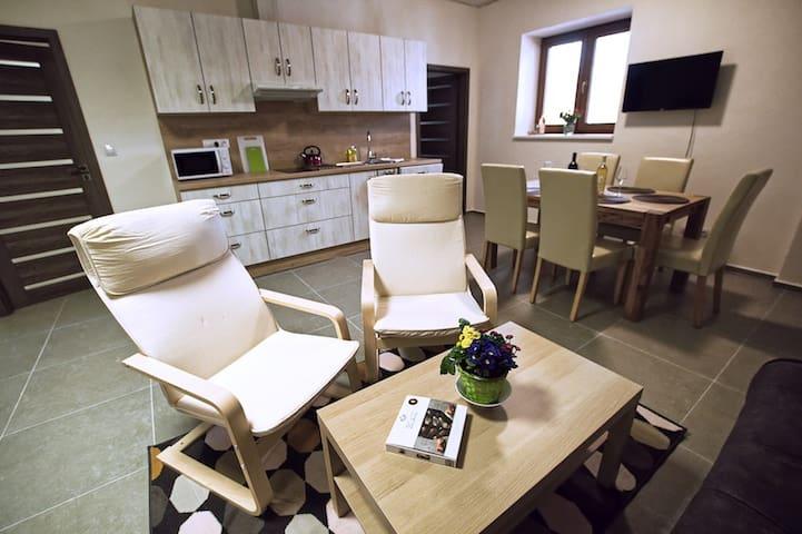 U Čápa krásný apartmán v přízemí v Sedleci