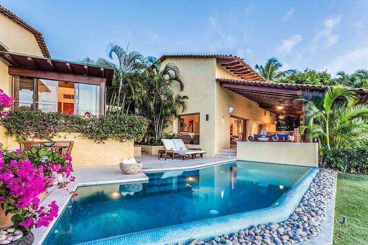Villa Pelicanos