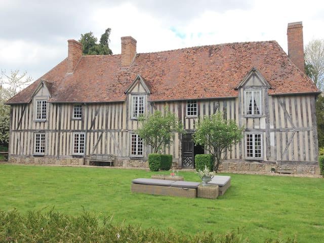 Charming Manoir in the country side