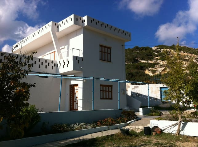 Very special Agios Stefanos beach (Kefalos) house - Kefalos - Apartment