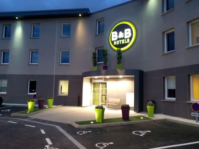 Hôtel B&B Clermont Ferrand Nord Riom - Riom - Andet