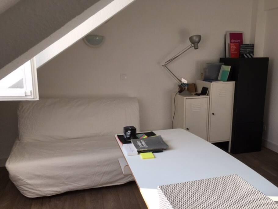 Canapé-lit double Ikea confortable