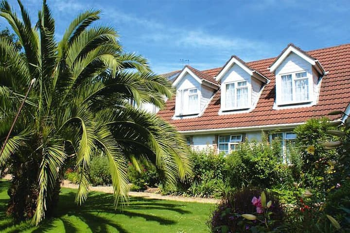 4 star holiday home in St. Peter Port