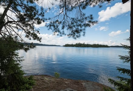 Red Sky Island Retreat on Beautiful Lake Temagami