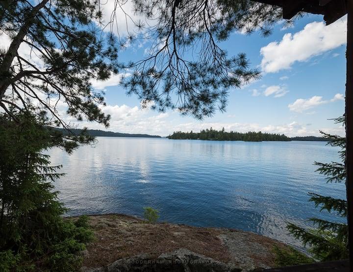 Red Sky Island Retreat on Beautiful Lake Temagami