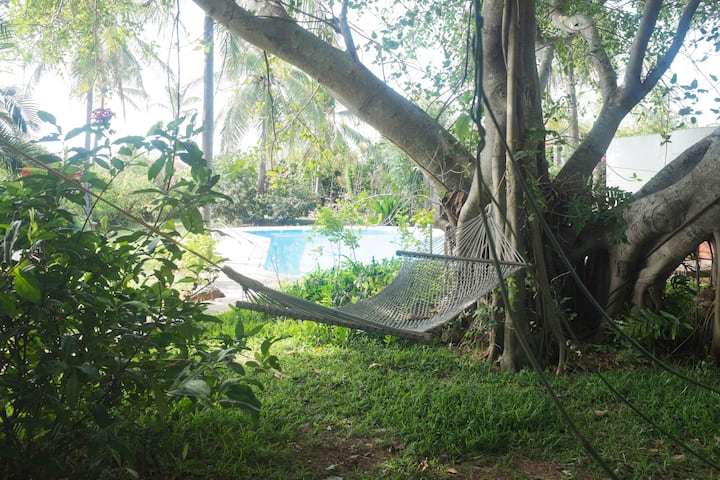 Private Pool Villa for 10 Guests @Tantofarbeach
