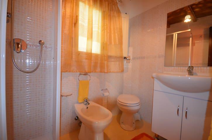 bagno appartamento ZIA PALMA